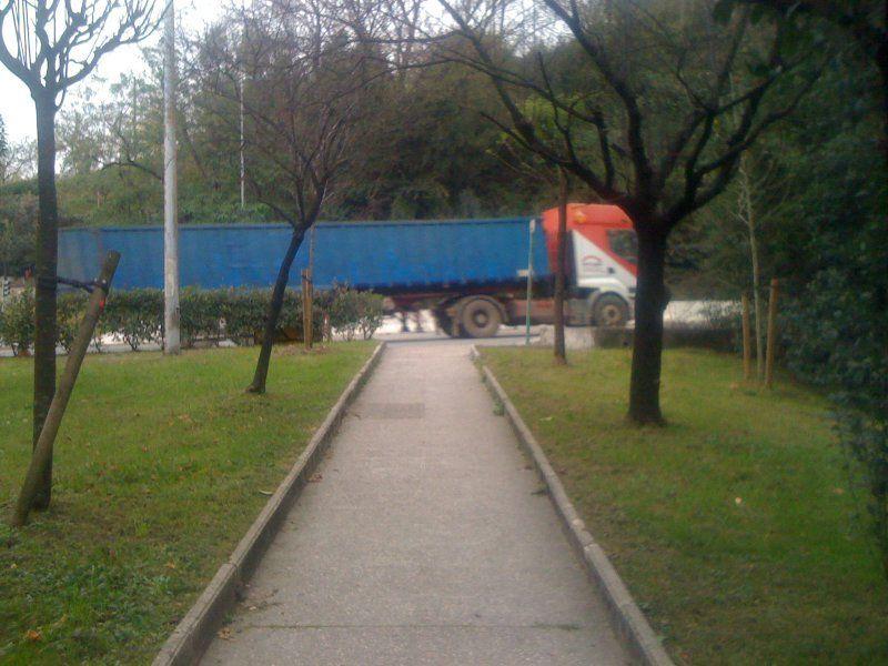 Donostia san sebasti n a orga txiki abandonado y - Arreglar jardin abandonado ...
