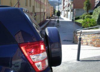 El ayuntamiento agrava el problema de aparcamiento en el barrio Ergüin.