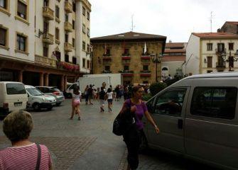 Plaza de los Fueros, Zarautz