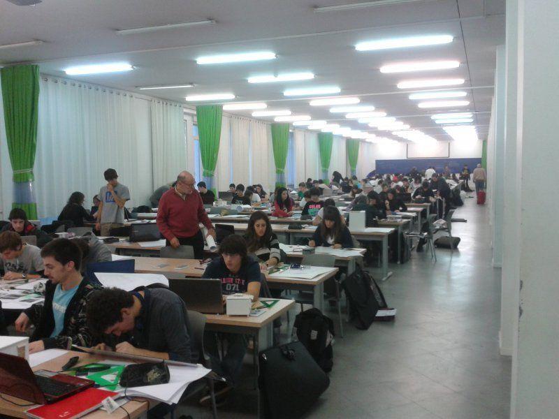 Donostia san sebasti n sin sitio donde trabajar otros for Escuela arquitectura donostia
