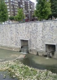Vertidos al rio Oria en Lasarte-Oria