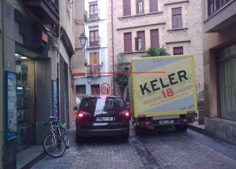 ¿Y los peatones por donde????