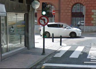 ¿Qué ha ocurrido con este semáforo de Eibar?