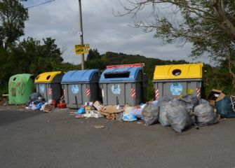 Basuras en la última parada del bus a Igueldo