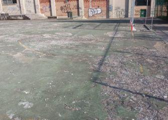 Campo de fútbol destrozado