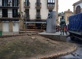 Tala de árboles en Plaza Sarriegui