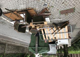Recogida muebles en la basura