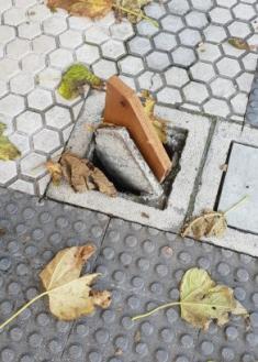 Por favor más mantenimiento urbano