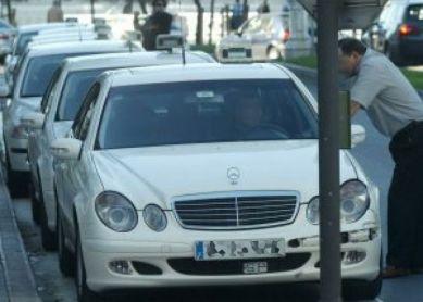 Mal servicio de taxis en fin de semana