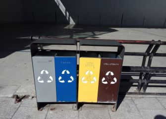 Papeleras de recogida selectiva de basuras, de adorno